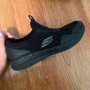 Sketchers shoes